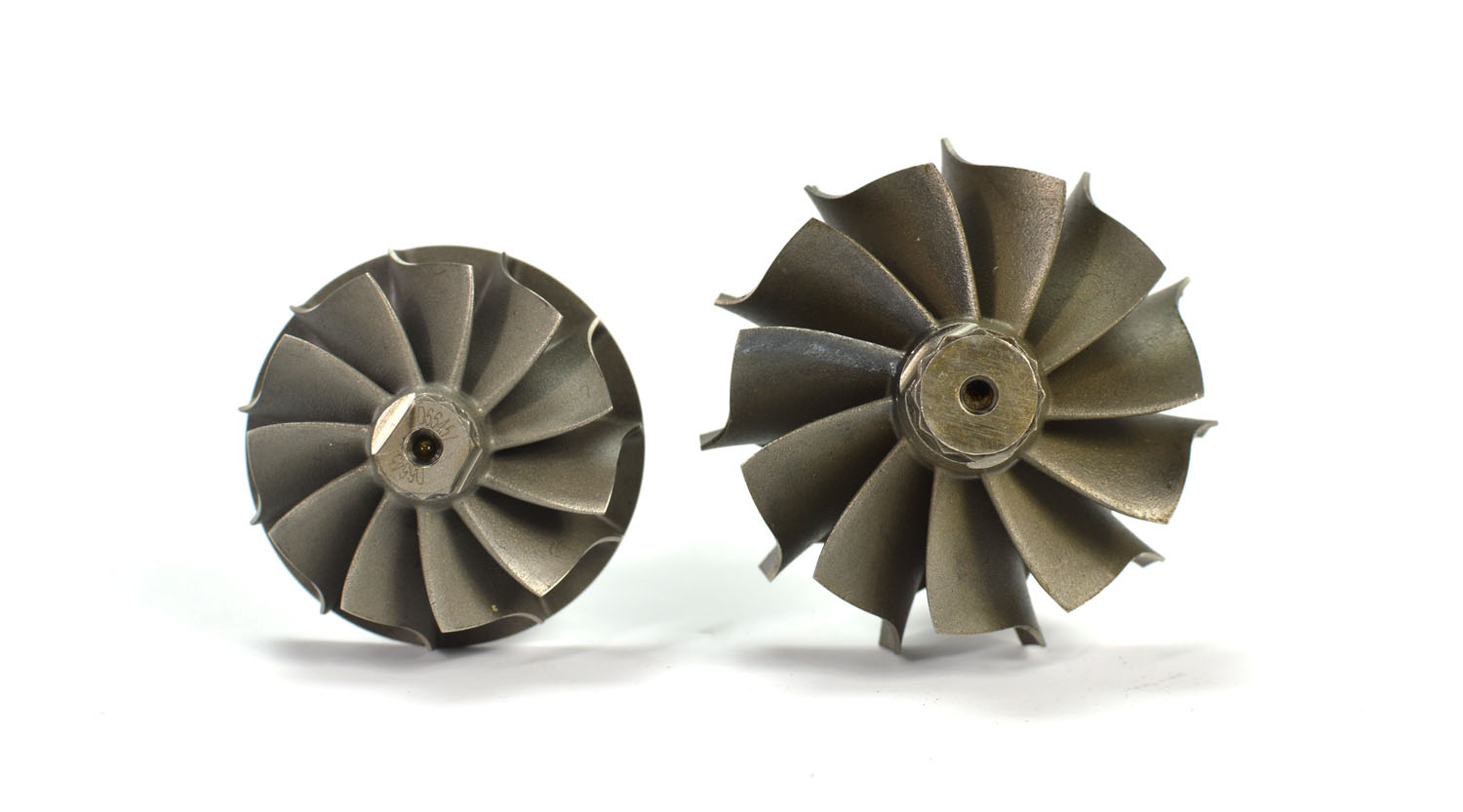si-11-blade-wheel-oem-next-to-big-turbo-11-blade-wheel